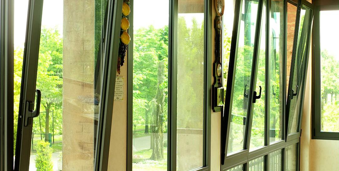 האם מומלץ להתקין חלונות אלומיניום?