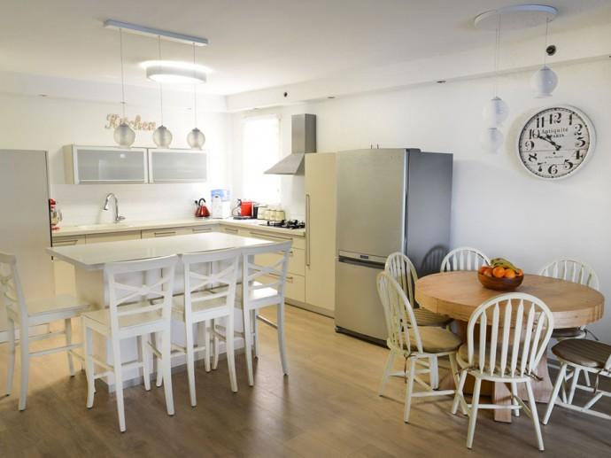 עיצוב דירת משפחה באם המושבות